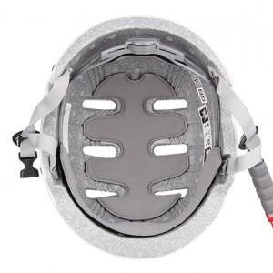 Каска для экипировки спортсмена по пожарно-прикладному спорту